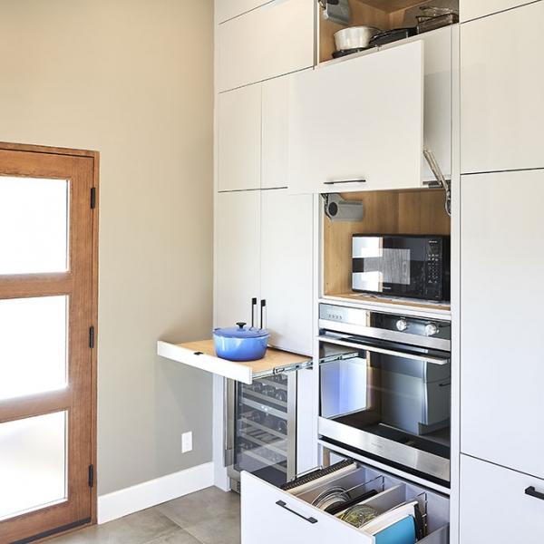 Les accessoires district cuisine d taillant d 39 armoires for Les accessoires de cuisine